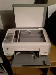 vende 1 impressoras hp sem os cartuchos preço 60,00 reais cada.