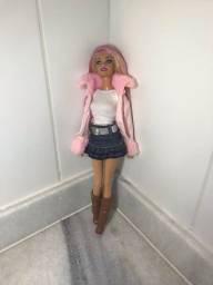 Barbie Patricinha com cabelo rosa