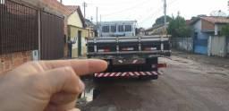 Título do anúncio: Vende se  carroceria de caminhão