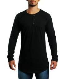 Camiseta Henley oversized fabricação própria
