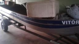 Barco 6metros borda alta com carreta e motor
