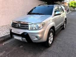 Hilux Sw4 2009 V6 4x4 24v 7 Lugares Gasolina Automática - 2009