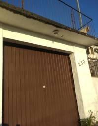 Garagem para automóvel ou depósito 140,00 por mês