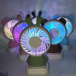 Ventilador Portátil Recarregável com Luz de LED (URSO)