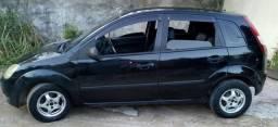 Hatch Fiesta, com doc em dia, pra sair rápido!!! - 2003