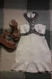 Vestido branco em pedrarias Tam M