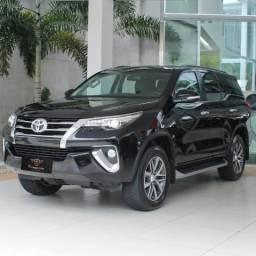 Toyota hilux 2016/2017 2.8 srx 4x4 cd 16v diesel 4p automático - 2017