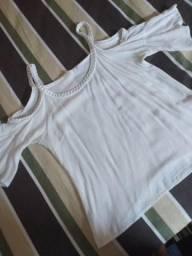 Blusinha branca de cordinha