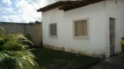 Vendo uma Casa em Teixeira de Freitas