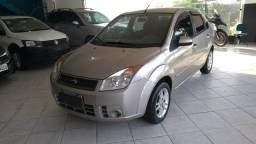 Fiesta Sedan Class 1.6 Flex 2010!!! Ótimo Estado!! - 2010