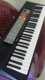 Teclado Yamaha fs digita