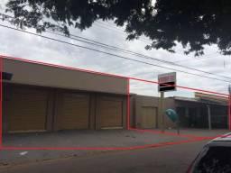 Vendo área de 750 m2 perto da santa casa com sala comercial