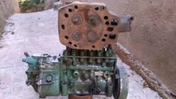 Vendo bomba injetora boch mais cabeçote Mb 355