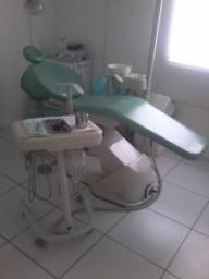 Vendo 2 cadeiras Odontológicas