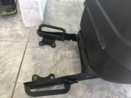 Baú e bagageiro yamaha fazer