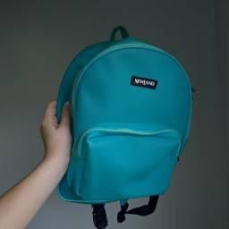Mini mochila feminina