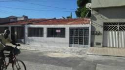 Ótima casa Santos Dumont