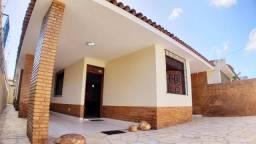 Vendo Casa GRUTA DE LOURDES 206 m² 3 Quartos 1 Suíte 1 Gabinete 3 WCs DCE 5 Vagas