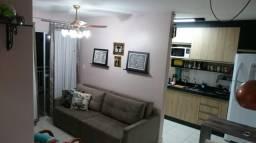 Apartamento semimobiliado à venda com 2 dormitórios