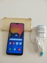 Vendo ou troco esse lindo celular A10 novinho