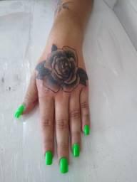 Tatuagem na promoção