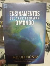 Título do anúncio: Livro Ensinamentos que transformaram o mundo
