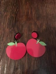 Brinco de cereja