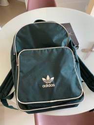 Linda mochila adidas originals 3s