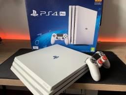 Título do anúncio: Sony Playstation 4 Pro 1tb Standard Cor  Glacier White