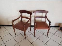 Par de Cadeiras Madeira Nobre