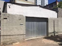 Título do anúncio: Vendo casa em Setúbal, localizada na Rua José Hipólito Cardoso.<br><br>Próximo ao colégio a