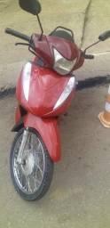 Título do anúncio: Moto Biz semi nova