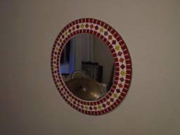 Título do anúncio: Espelho vermelho em mosaico