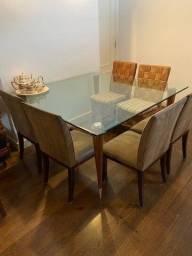 Título do anúncio: Mesa de Jantar com vidro temperado (1,5m X 1,5m)