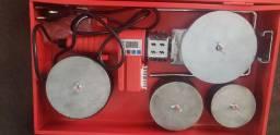 Maquina para soldar tubo PPR ..termofusora na caixa