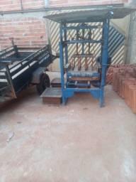 Título do anúncio: Vendo máquina de fábrica blocoa trifasica estar funçionado