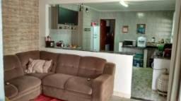 Casa à venda com 3 dormitórios cod:1981