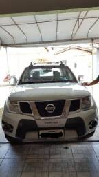 Nissan Frontier LE Attack 2.5 4X4 - 2013