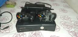 Xbox 360 com HD interno