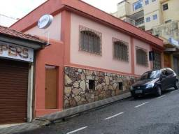 Casa, no Centro de Barbacena, para locação comercial