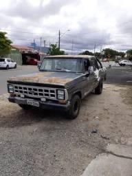 F1000 3 portas 84 - 1984
