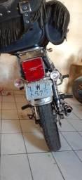 Vende-se Suzuki intruder 125cc - 2005