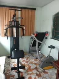 Barbada!!! Estação de musculação, esteira e bicicleta