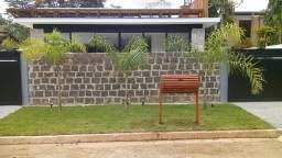 Lixeira de madeira 400 reais