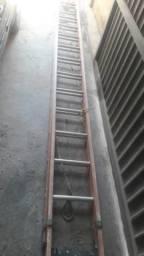 Escada com 8 metros