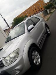 SW4 SRV 3.0 2011 4x4 automático - 2011