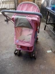 Vendo carrinho de bebê bem conservado rosa