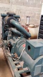 Gerador 240 kva com motor scania