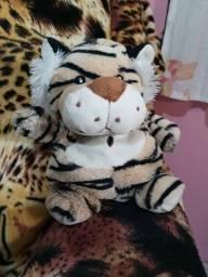 Tigre de pelúcia Cacau Show