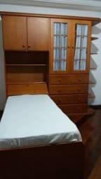 Até 12x no cartão - Guarda Roupa com cama Madeira Maciça - Impecável